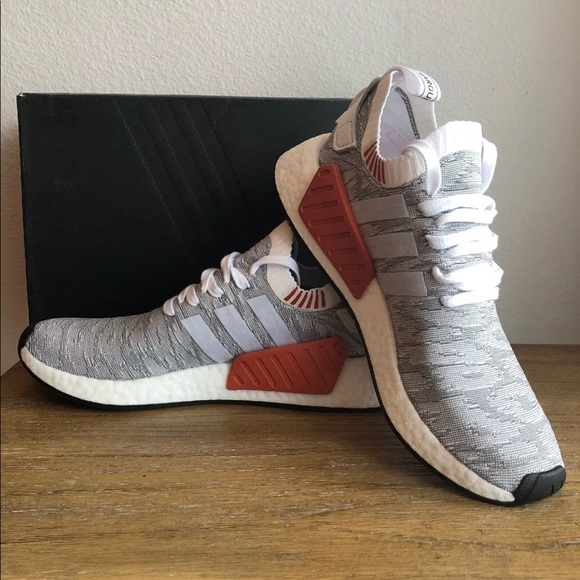 Adidas men s originals nmd r2 primeknit by9410 3fc59e5fb1cc